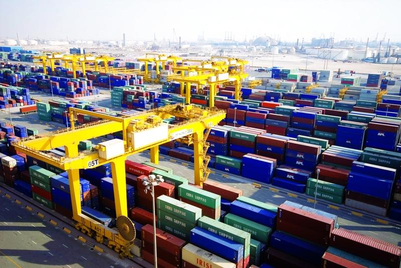 330 مليار دولار حجم تجارة الإمارات غير النفطية في 9 أشهر