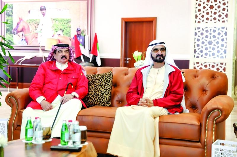 محمد بن راشد يلتقي ملك البحرين ويؤكد توافق رؤى البلدين حول القضايا المشتركة