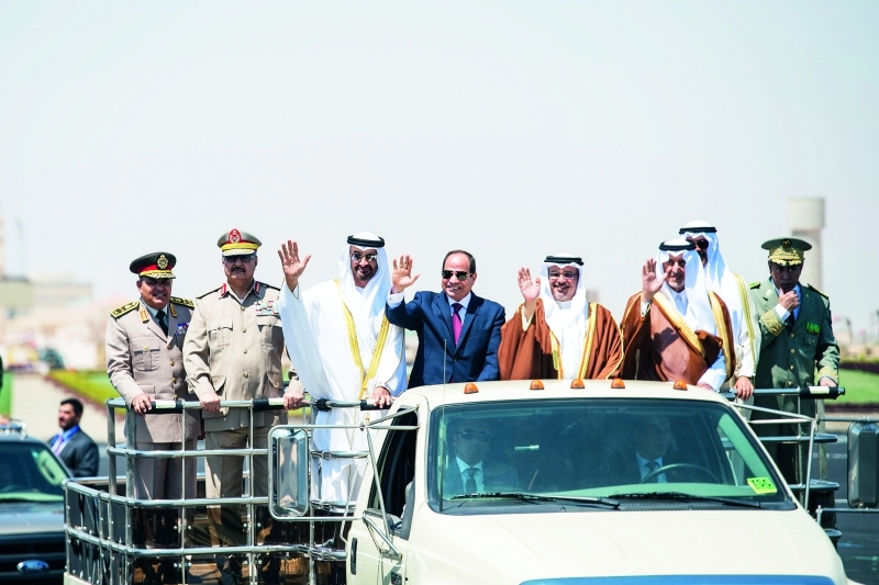 صحيفة إسرائيلية: هكذا تدير مصر والإمارات والسعودية سياساتها تجاه ملفات المنطقة