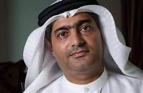 مرور عام على الحكم الجائر بسجن أحمد منصور...تردي وضعه الصحي مع استمرار الانتهاكات بحقه