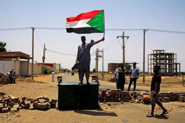 ما الذي تفعله الإمارات في السودان؟!