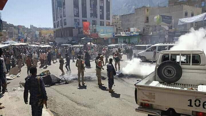 اشتباكات في تعز بين قوات الحكومة اليمنية وكتائب