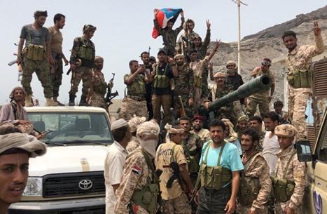 الحكومة اليمنية تحمل الإمارات مسؤولية انقلاب عدن وتطالبها بوقف دعم التمرد