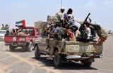 تصعيد إماراتي ضد الشرعية اليمنية في سقطرى وشبوة وسط اتساع دائرة الرفض لسياسات أبوظبي