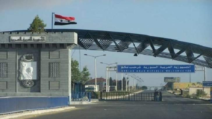 بدء عبور شاحنات إماراتية إلى لبنان بالتنسيق مع النظام السوري
