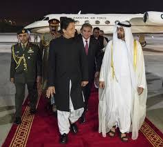 محمد بن زايد يزور باكستان وويبحث مع رئيس وزرائها العلاقات بين البلدين