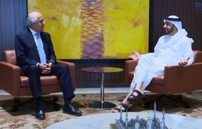 عبدالله بن زايد يستقبل المبعوث الأمريكي الخاص للسلام في أفغانستان