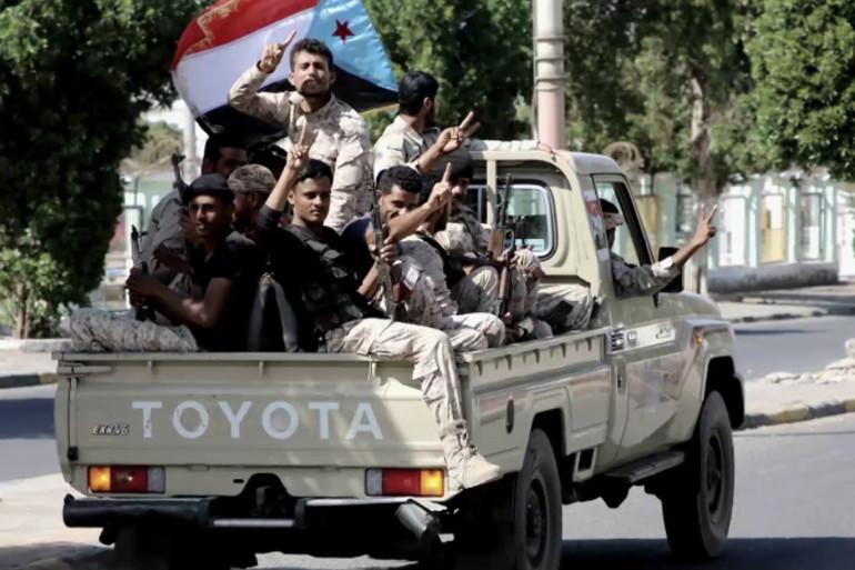مسؤول يمني: الإمارات ترصد ملايين الدولارات لإسقاط سقطرى
