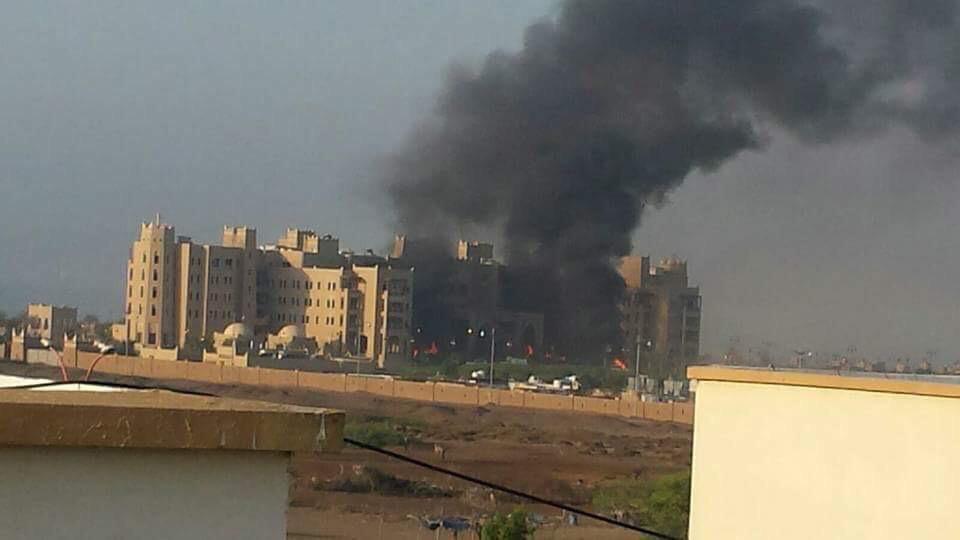4 شهداء إماراتيين بقصف على مقر إقامة الحكومة اليمنية