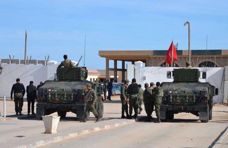 موقع تونسي: ضبط مخزن كبير للأسلحة قدمتها الإمارات لتفجير الوضع في تونس