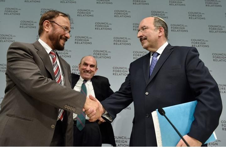 أنور عشقي يبرئ السياسة السعودية من لقاءاته مع الإسرائيليين