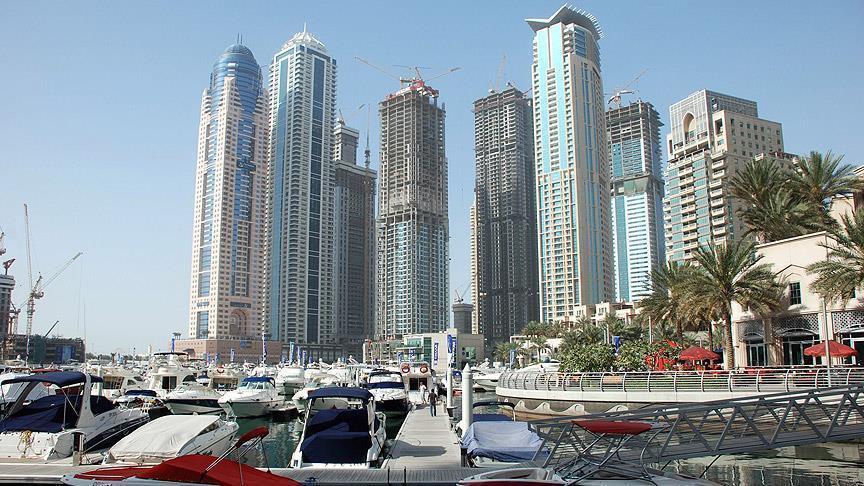 أعوام صعبة تنتظر العمالة الأجنبية في الخليج العربي (خبراء)