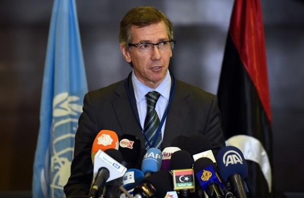 الإمارات توظف المبعوث الأممي إلى ليبيا بأزيد من راتب