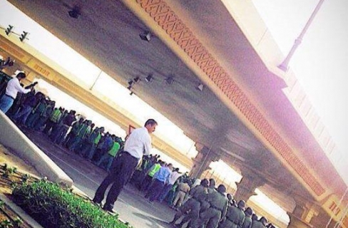 تخبط الإعلام الرسمي في تغطية المظاهرة العمالية أمام برج خليفة